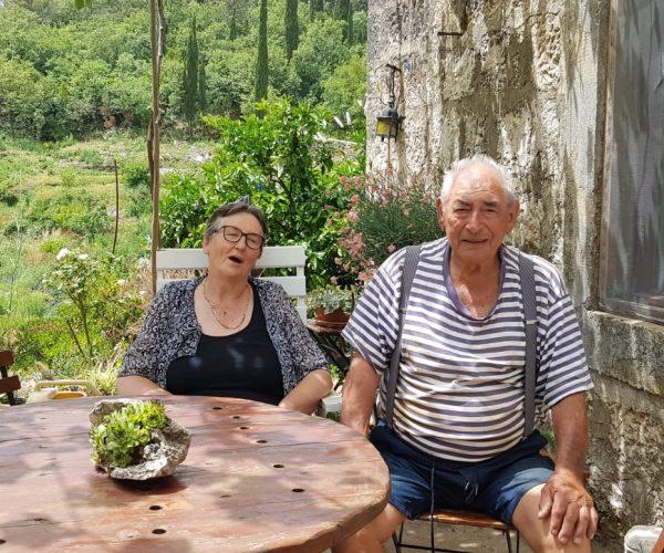 """Kampanja """"Penzija bez tenzija"""" u okviru projekta Ujedinjene Generacije –životna priča Jele i Boža Capora"""